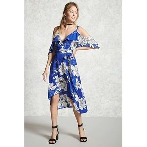 Forever 21 contemporary blue/white floral dress